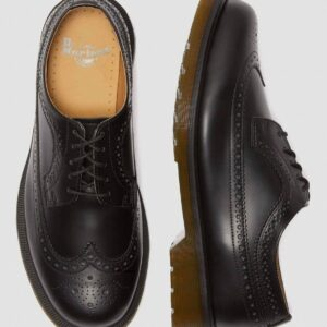 Dr. Martens 3989 Black Smooth 24340001 8 1