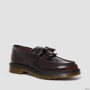 Dr. Martens Adrian Cherry Red Arcadia 24370600